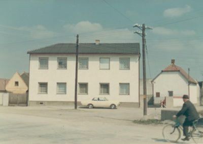 Gainfarn Ganslplatz 1972