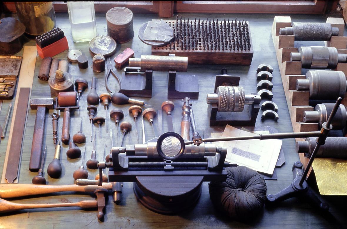 Die Werkzeuge des Graveurs