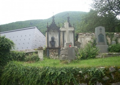 Bei dieser Gelegenheit konnten wir die Gräber der berühmten Brüder Rosthorn besuchen