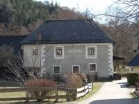 In Gutenstein haben wir das WaldBauernMuseum besucht. Das Museum bietet Informationen zu den verschiedenen Nutzungsmöglichkeiten des Holzes wie zum Beispiel Schindeln, Bottiche, Holzkohle  uvm.